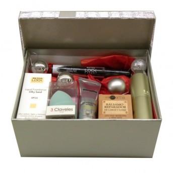 Caja regalo maquillaje y basicos